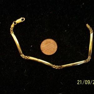 VINTAGE 9KT GOLD LINK BRACELET 7.25